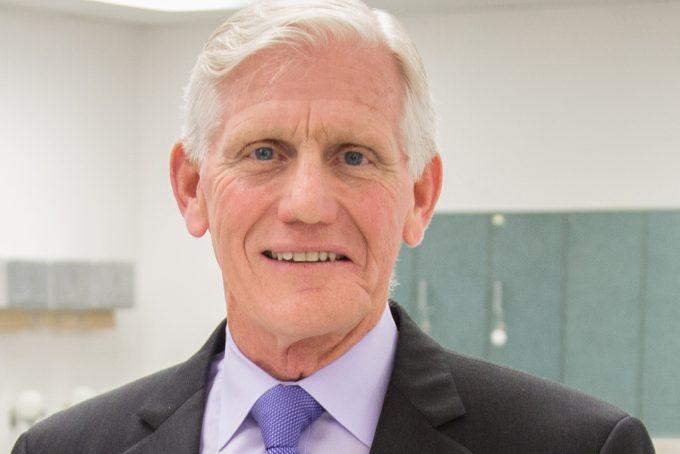 Longtime anatomy professor receives AAMC award
